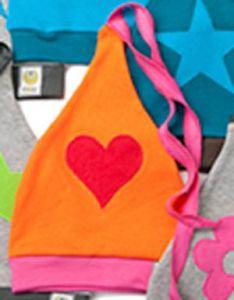 Čepička ByKay Design II, Oranž + červené srdce