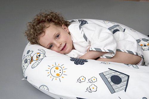 Kojící polštář Little Angel jako relaxační polštář pro větší dítě
