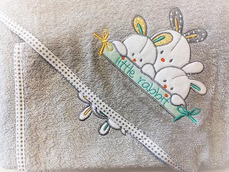 Osuška froté s kapucí a žínkou, šedá s králíčky